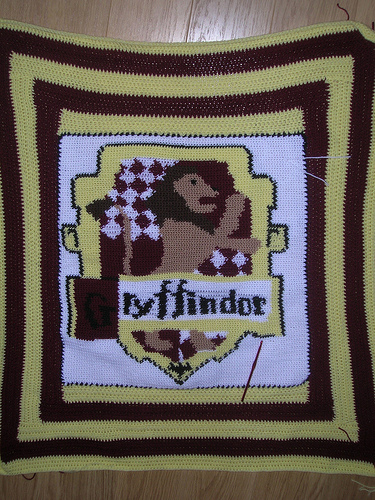 Gryffindor tapestry crochet blanket