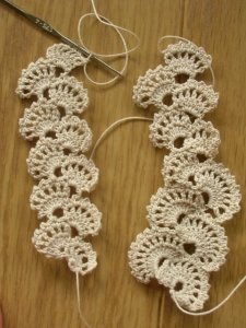 crochet lace for linen
