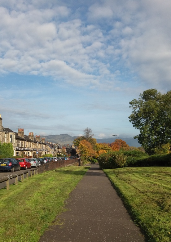 Autumn leaves, Ochil hills and blue skies in Stirling, Scotland. | Riotflower's Realm